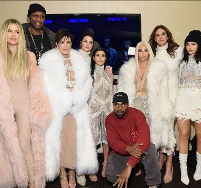 There will be no Kardashian-Jenner Christmas card this year, and here's why