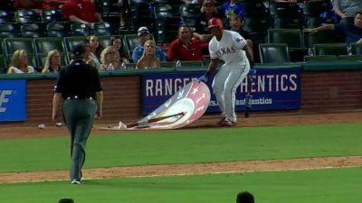 Rangers' Adrian Beltre ejected for moving on-deck circle
