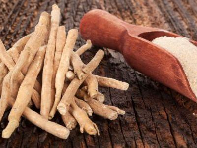 11 Ashwagandha Benefits for the Brain, Thyroid & Even Muscles