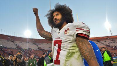 Colin Kaepernick appears to respond to Michael Vick's hair comments with tweet