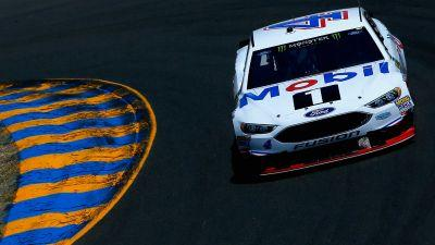 NASCAR results at Sonoma: Kevin Harvick pulls away late to end winless drought