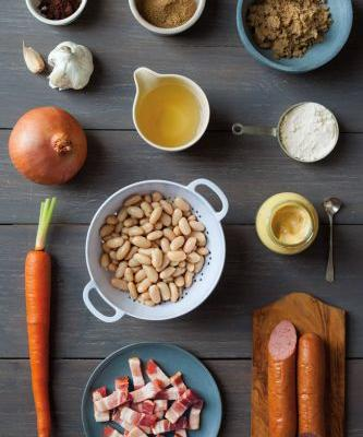 Easy Slow-Cooker Cassoulet with Sausage and Bacon