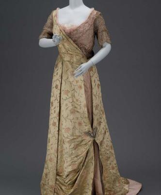 Evening Dressc.1915Museum of Fine Arts, Boston
