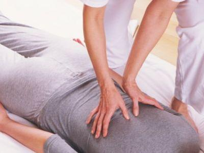 How Shiatsu Massage Reduces Both Stress & Pain