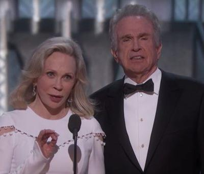 Warren Beatty and Faye Dunaway Make Oscars Return, Present Best Picture to The Shape of Water