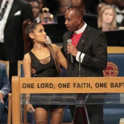 The bishop from Aretha Franklin's funeral apologised to Ariana Grande