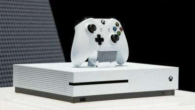 Coming Xbox One Update Allows Transfers To Xbox One, Adds Light Mode