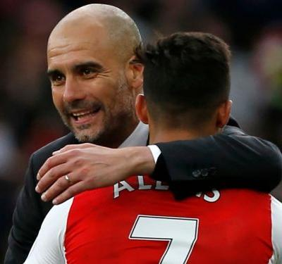Guardiola congratulates Alexis on impending Man Utd move