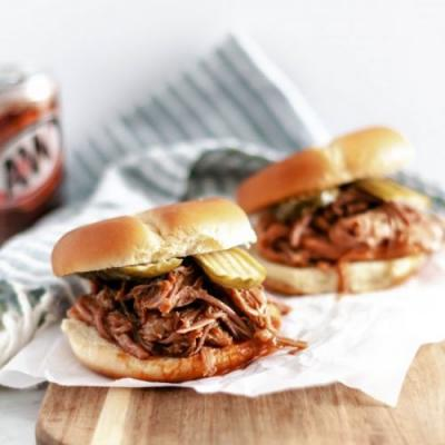 Rootbeer BBQ Pulled Pork Sandwiches