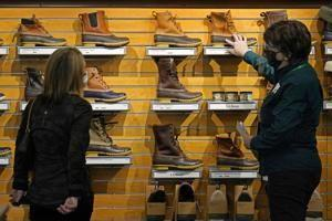 $1,400 stimulus checks helped March retail sales soar 9.8%