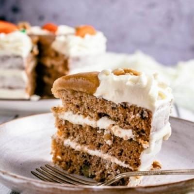 Vegan and gluten free carrot cake