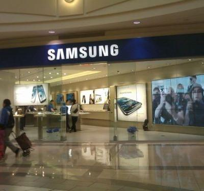 Samsung launching three US retail stores February 20th