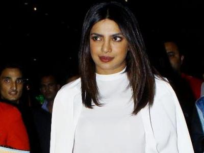 Priyanka Chopra is channelling her '70s goddess with this airport look