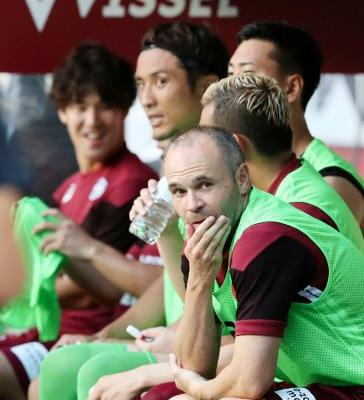 Former Spain playmaker Iniesta makes debut in Japan