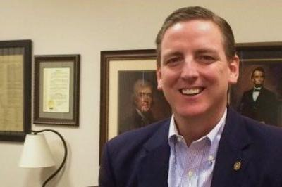 Former Seminole elections supervisor resigns as Secretary of State after blackface photos emerge