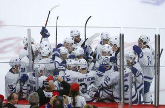 Rielly's OT goal gives Maple Leafs 7-6 win over Blackhawks