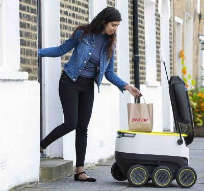 Robot delivery firm Starship Technologies has hired an Airbnb veteran as its new CEO and raised $25 million