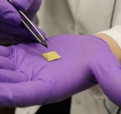 Nanoscale 3D Printing Technique Uses Micro-Pyramids to Build Better Biochips