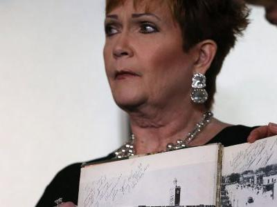 Roy Moore accuser admits she added 'notes' to yearbook inscription she attributed to embattled Senate candidate
