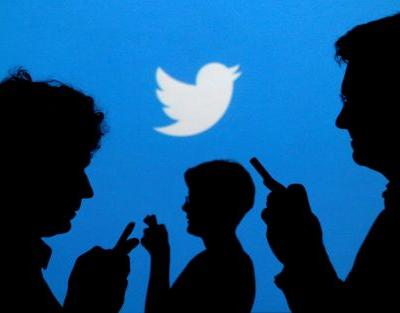 Twitter brings back the chronological timeline - after two years of hiding it