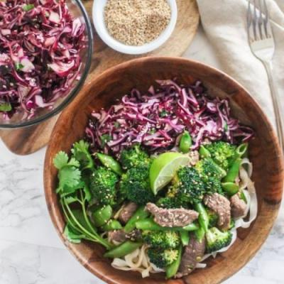 Ginger Beef and Broccoli Noodles