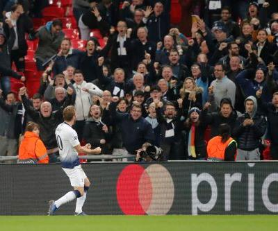 Kane's late double gives Tottenham 2-1 win over PSV