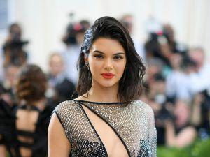 People Are NOT Happy That Kendall Jenner Has Been Named 'Fashion Icon of the Decade'