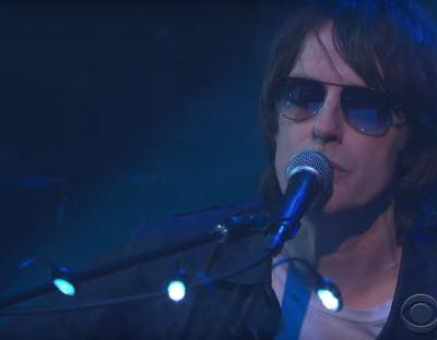 "Watch Spiritualized Play A Gorgeous ""I'm Your Man"" On Colbert"