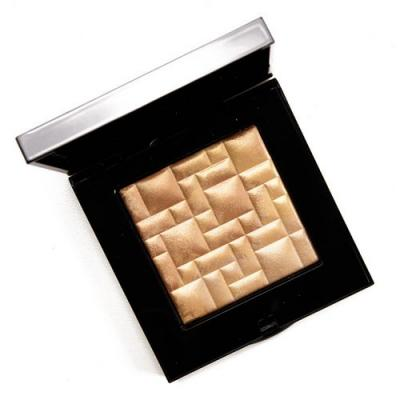 Bobbi Brown Moon Glow Highlighting Powder Review, Photos, Swatches