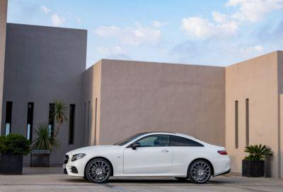 The Sleek & Sexy Mercedes-Benz E-Class Coupe Revealed