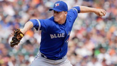 Blue Jays, Aaron Loup avoid arbitration with one-year deal