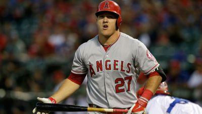 Mike Trout sprains thumb in Angels' loss to Marlins