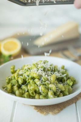 Perfect Spring and Summer Recipes Featuring Watercress