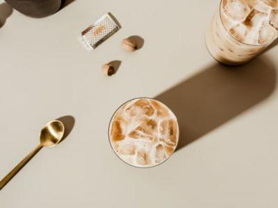 Try This Low-Sugar Chocolate Collagen Frappe