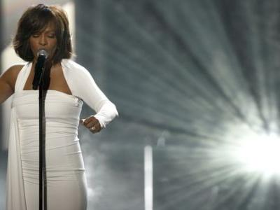 Whitney Houston Hologram Tour And New Album In The Works 7 Years After Her Death