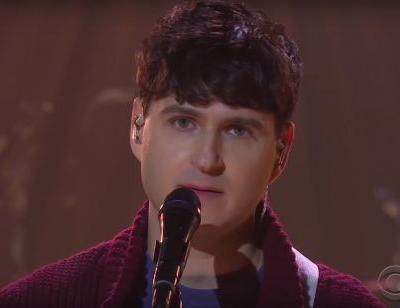 """Watch Vampire Weekend Play A Christmasy """"Harmony Hall"""" With A Kids' Choir On The Late Late Show"""