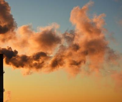 Understanding the Causes of Acne Part 2: Air Pollution