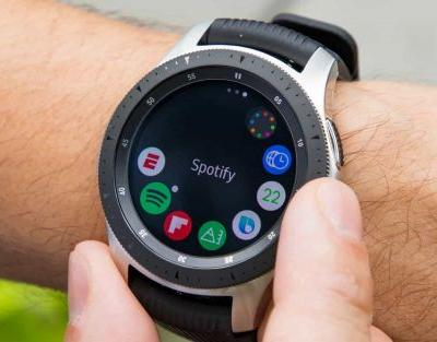 Samsung Galaxy Watch 2 surfaces with physically rotating bezel