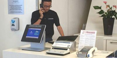 Samsung rolling out airport exchange/refund program after FAA banned Note 7 from all US flights