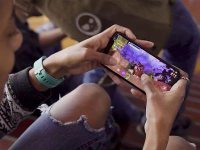 Fortnite earns $25M during first month on iOS, could hit $500M this year with Android launch