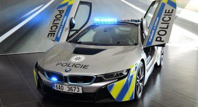 BMW i8 Police Car Will Make You Stop And Take Notice