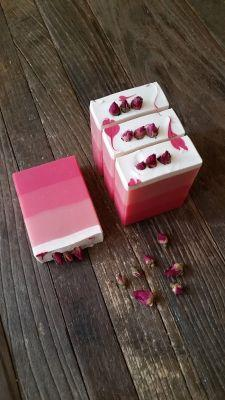 Interview with Jolene of Scent and Sensibility Inc