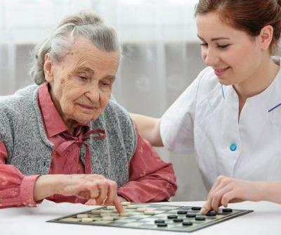 Choosing Adult Day Care for Alzheimer's Patients