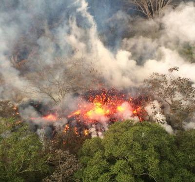 Hawaii's Kilauea volcano has exploded, sending ash clouds 30,000 feet into the sky - here's what it looks like on the ground