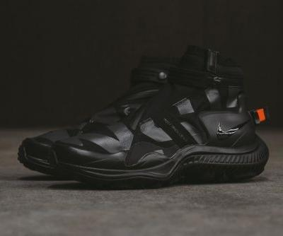 A Closer Look at the All-Black NikeLab ACG Gaiter Boot