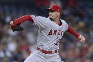 Angels score 4 runs in 10th inning, beat Padres 6-3