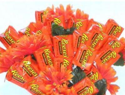 These Reese's Bouquets For Valentine's Day At Walmart Swap Roses For Chocolate