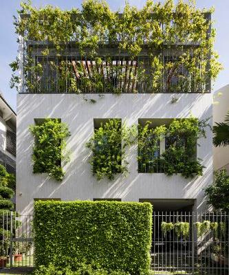 VTN Architects Designed a Vietnam Home With the Green Space on the Inside