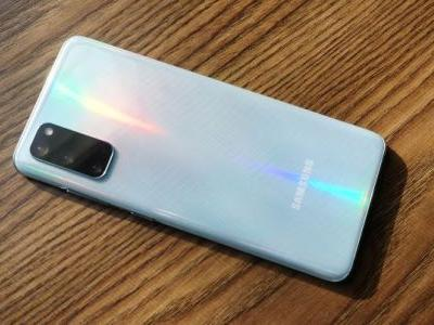 Samsung Galaxy S20 Smartphone Review