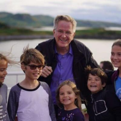 The 'Roadschooling' Family Traveling Around the World